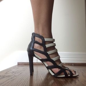Enzo Angiolini Black and Cream Leather Sandals